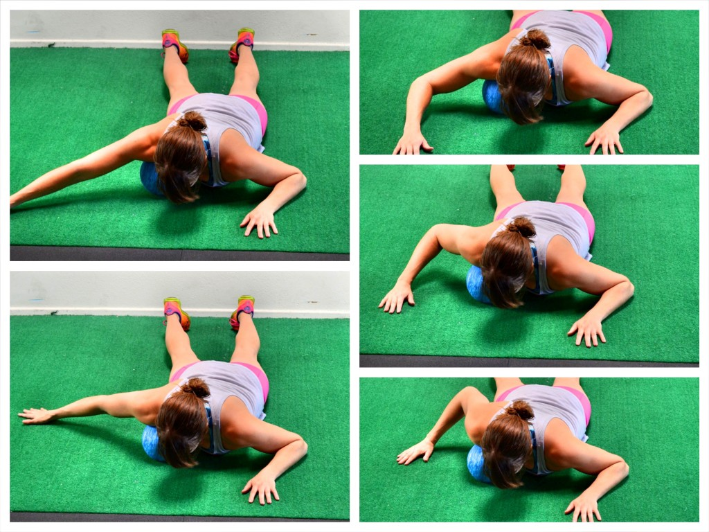 chest-ball-roll-out