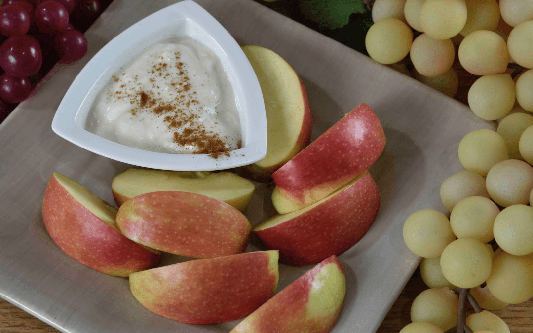 Need A Quick Snack? Try This Apple Dipper!